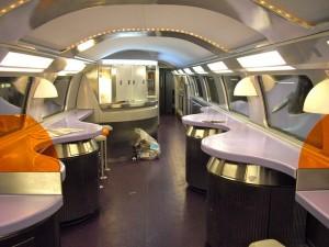 Vagón-bar en el TGV Duplex