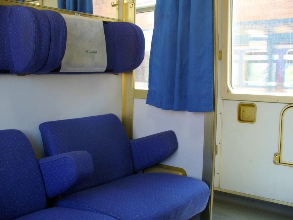 Idees Camera Letto » Compartimento 3 Letti Intercity Notte - Galleria Design di Interni della ...