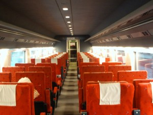 Estantes para equipaje en vagones de 2da clase